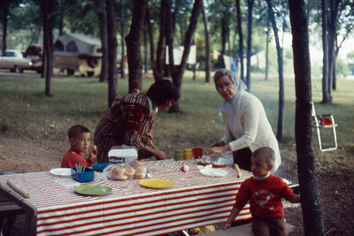 1973-09 - Randy, Jo, Opal, Jeff at Lake Oakwood, SD