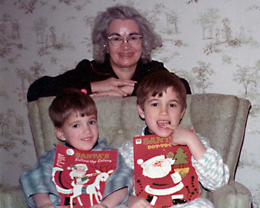 1973-12 - Jeffrey & Randy with Grandma Voas