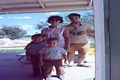 1973-09 - Reptile Gardens, SD - funny mirror