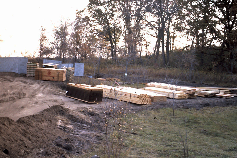 1974-09 - Lumber for framing