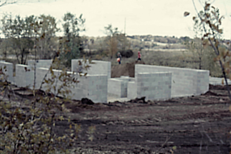 1974-10 - Completed masonry from SW corner