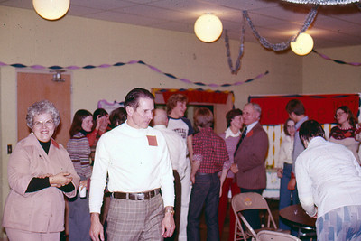 1976-12-31 - Pastor Gerry Udstuen - New Year's Eve party