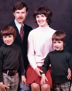 1974-11 - Randy, Dwaine, Jo, Jeff