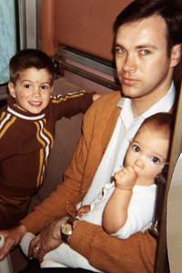 1970-04 - Randy, Dwaine & Jeff - on train to Richmond, IN, to visit Don & Jany Voas, Kristi, Bobbie & Karen
