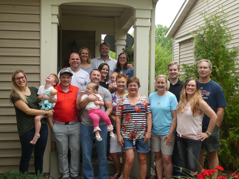 Front: Kelly, Judah, Jeffrey, Matt holding Gabi, Vadis, Christy, Tracey, Jodee; Next row: Josh, Colie holding Elise, John, Brad; back: Julie, Doug, Katie. Dwaine took the picture.