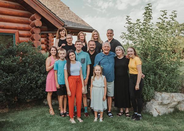 Dye Extended Family 2018