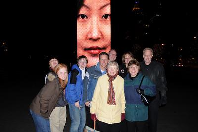 Michaela, Daniel, Kyle, Matthew, Eva, Randy, Sue, Karen & Mark in Millenium Park, Chicago.  Thanksgiving 2008