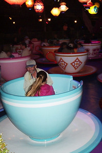 Joey and Annie in the teacups!