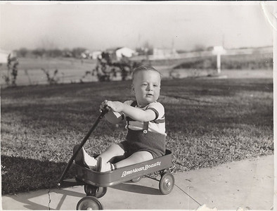 John and his little red wagon (1951)