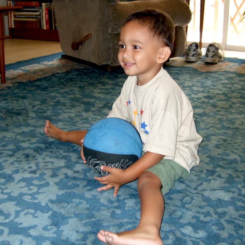 Playing ball with Lori (84045646)