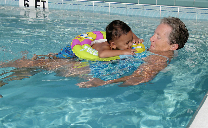 Floating With Granny (84216439)