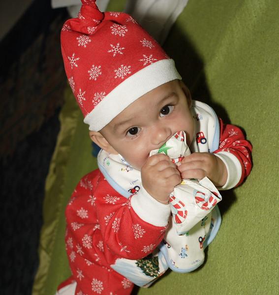 Yummy Present (53958305)