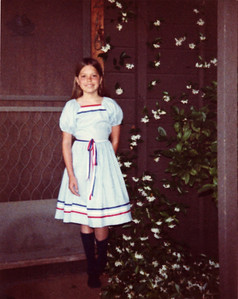 Tonya at the front door of 216 Chester St, Menlo Park, CA – my home from 1977 to 1992.