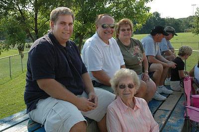 Andrew_George_Alice & Mary at NJ softball game-July 09_2683