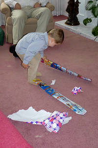 Joey getting a kite