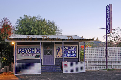 A Psychic in Piru on the 126.  Call and make your appointment now!!!!