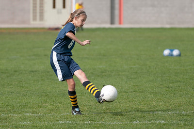 r2-Egan-Soccer-20110316155141_5366