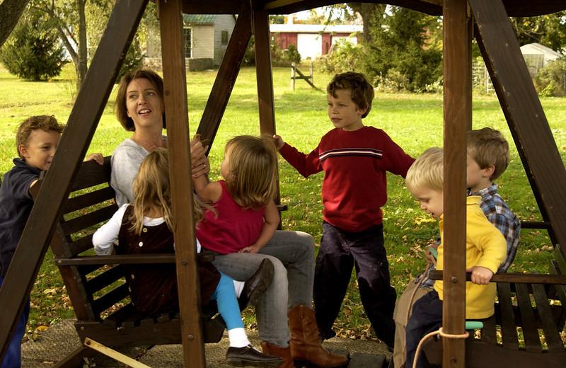 Bea & kids at Ruth Ann & Dan Moyer's house
