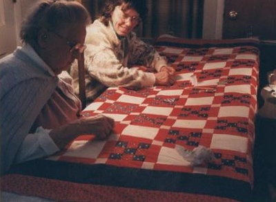 19 ?? Mom & Grandma Histand quilting