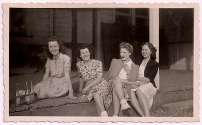 1948 Pat Maylen, Eileen Southerly, Julie Anderson and Pamela NET