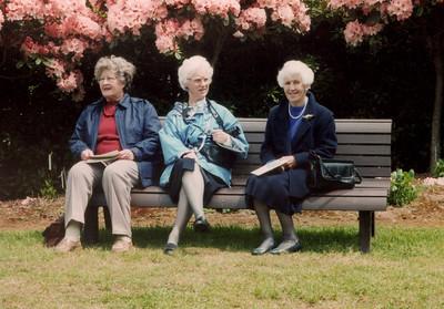 1997 Heather, Pat Mathews and Eileen Satherly a NET