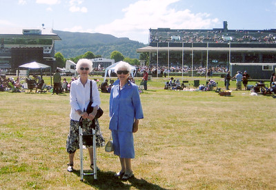 2005 Pat Mathews and Eileen Satherley at Trentham a NET