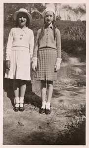 1938 Eileen Satherley and Patricia Maylen NET