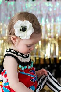 1-Year-EleanorPearl-Children-028