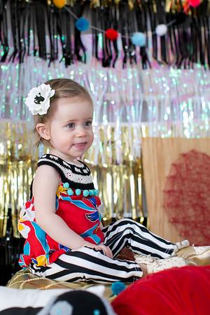 1-Year-EleanorPearl-Children-023
