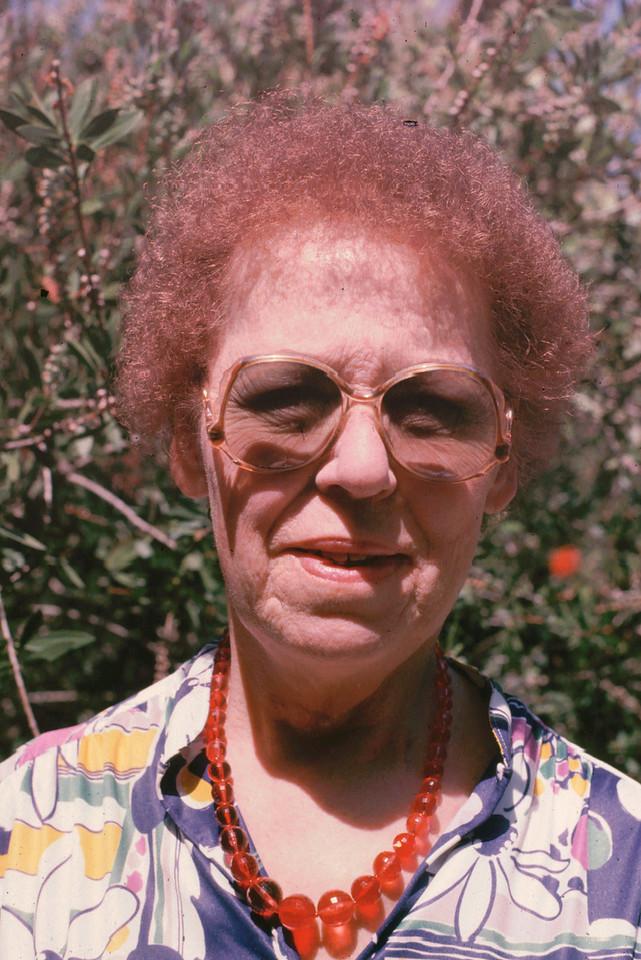 Eleanor 1985086
