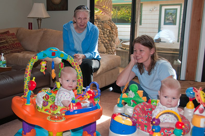 Eivor, Jennie and the twins.
