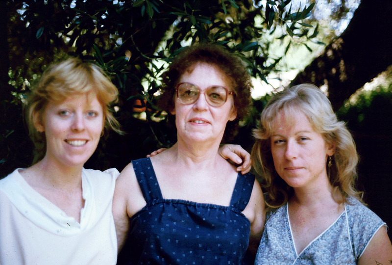 Lisa, Eleanor and Sharon in El Cajon, 1985