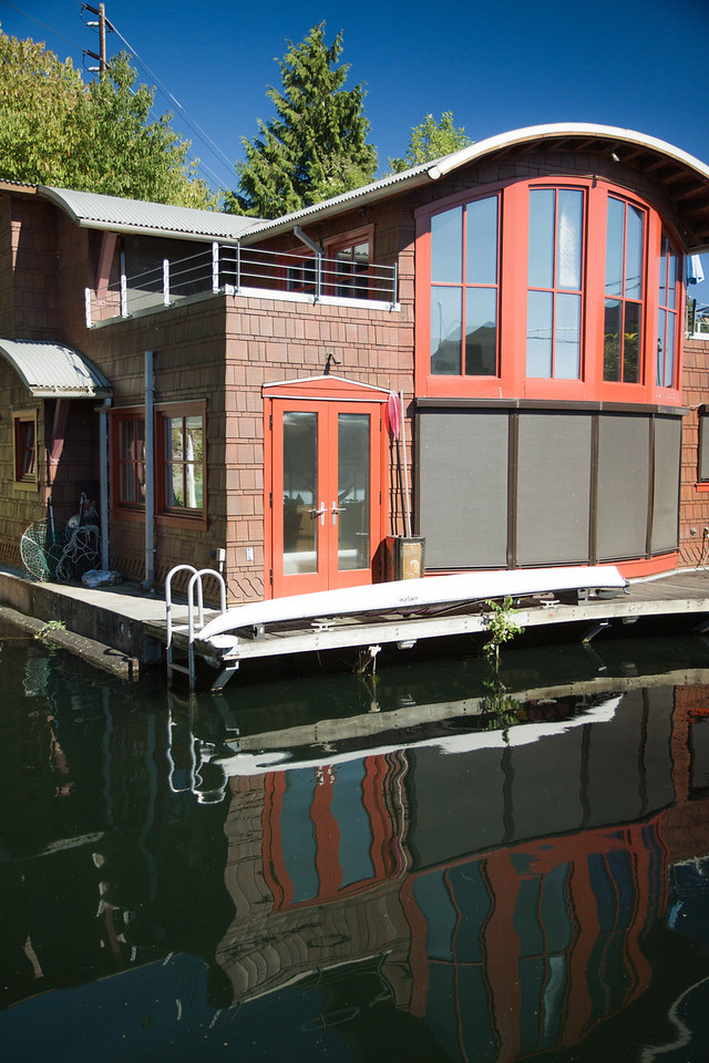 Houseboat reflections.