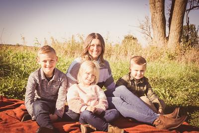 i17s Emily Fall Family '19 (10)