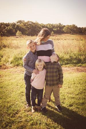 i17s Emily Fall Family '19 (1)