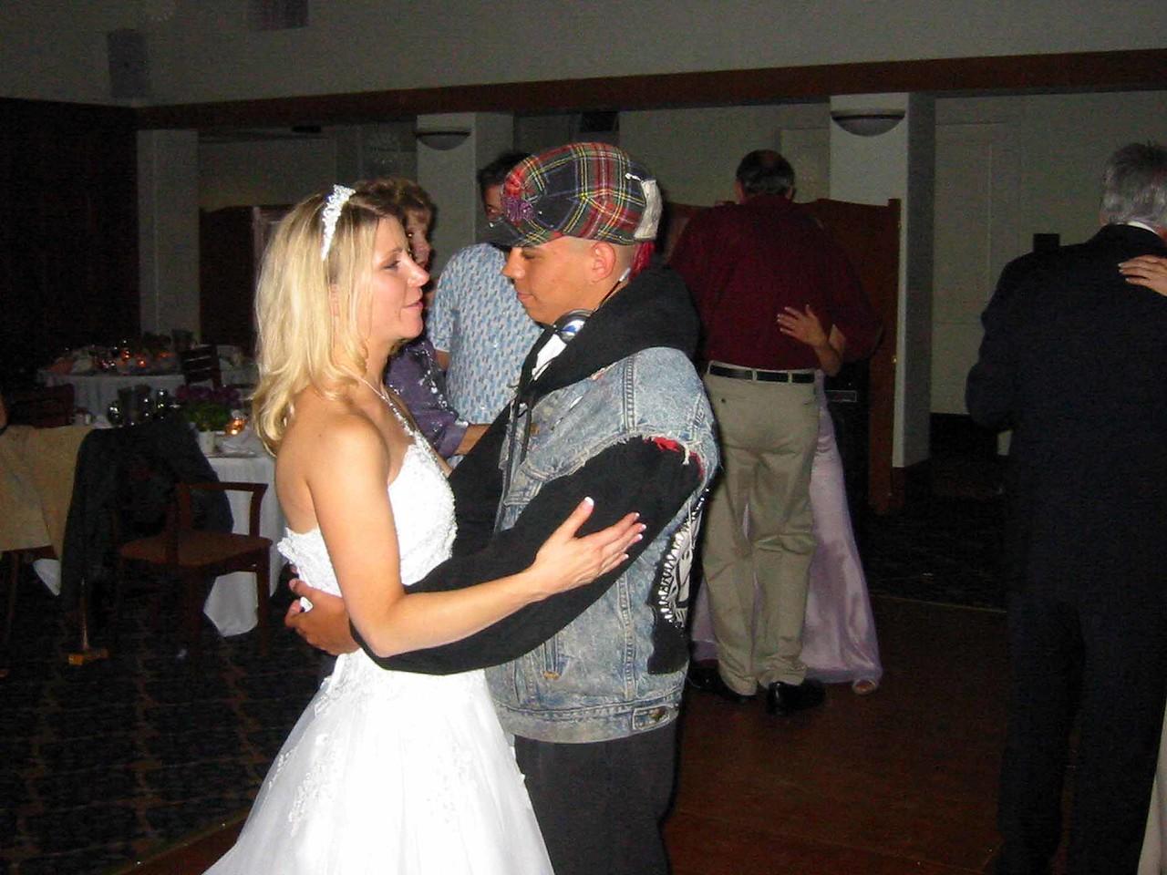 Eric:Heather Wed2005 84