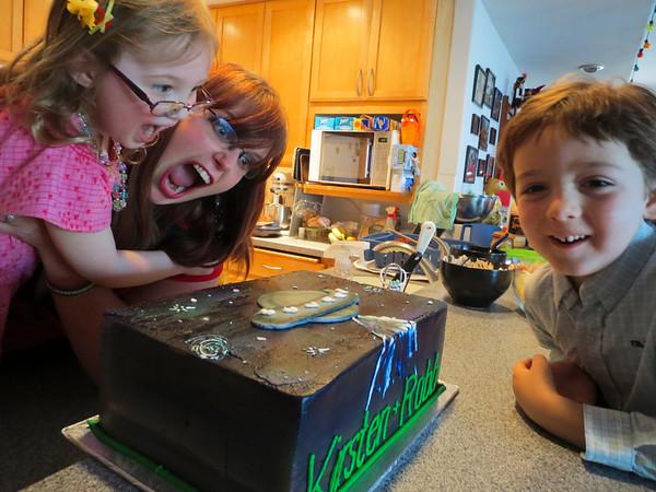 CAKE! (Wedding Shower for Kirsten & Robb)