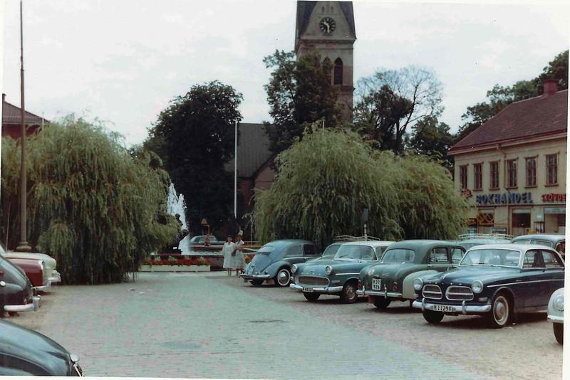 "Edith Rhoda Tibro Skövde on Hertig Johans torg (Square) in front of the fountain called ""Livets brunn""  (Life's well) 1957"