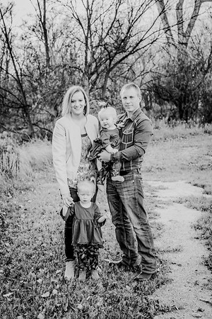 00006--©ADHphotography2018--MattKelseyEsch--Family--November4