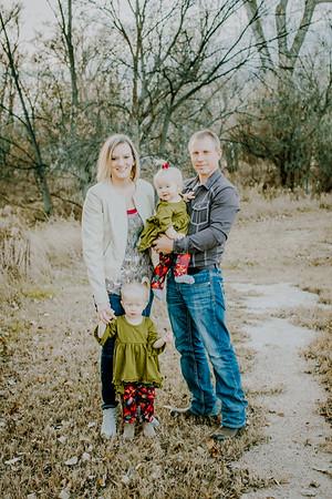 00005--©ADHphotography2018--MattKelseyEsch--Family--November4