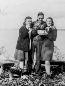 Eugene with two girls