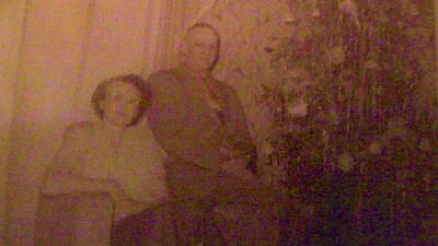 Christmas 1953 - Aunt Ellie & Bill Bergman