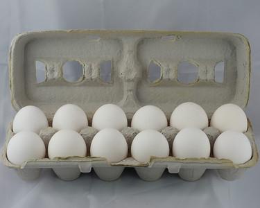 Eggs - a dozen eggs, how many are in a dozen?
