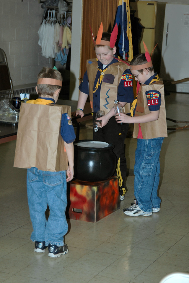 Mixing the Cub Scouting colors