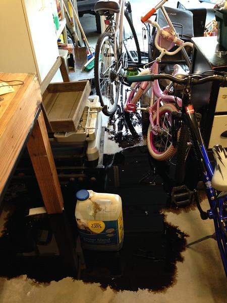 20qt oil spill in the garage! ARGH!