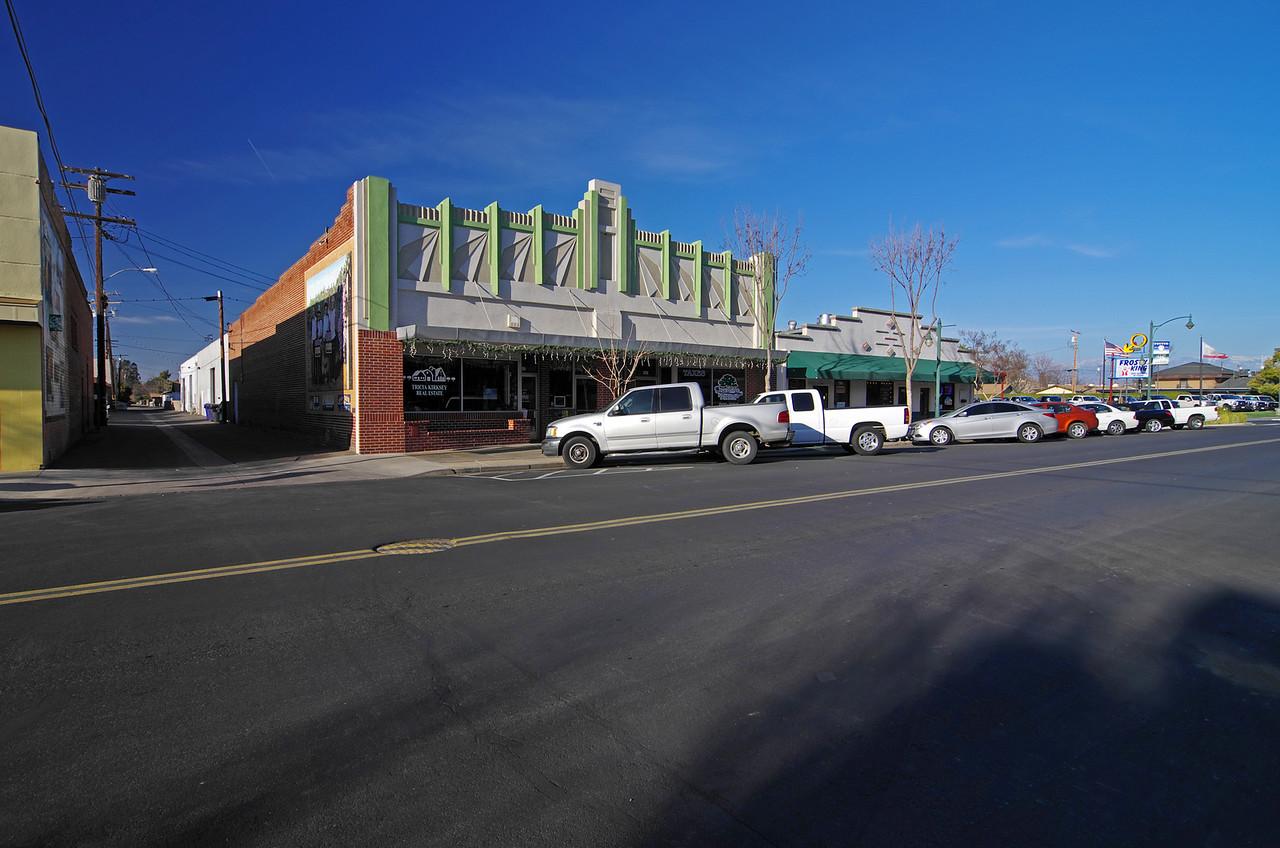 East Pine Street.