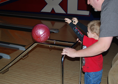 Cool contraption for kids to help them bowl