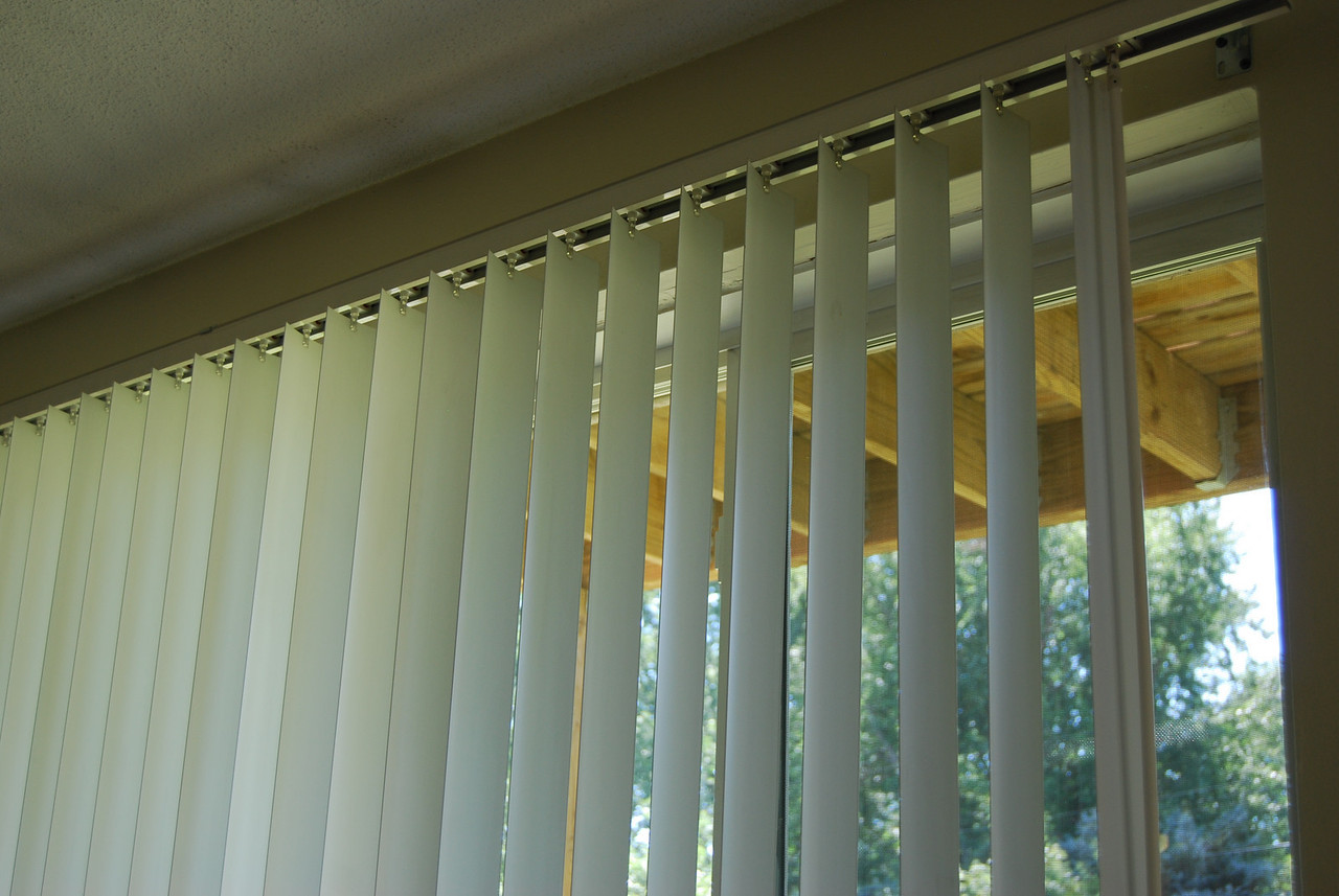 Blinds included; view is a lookout; not a walkout or balcony