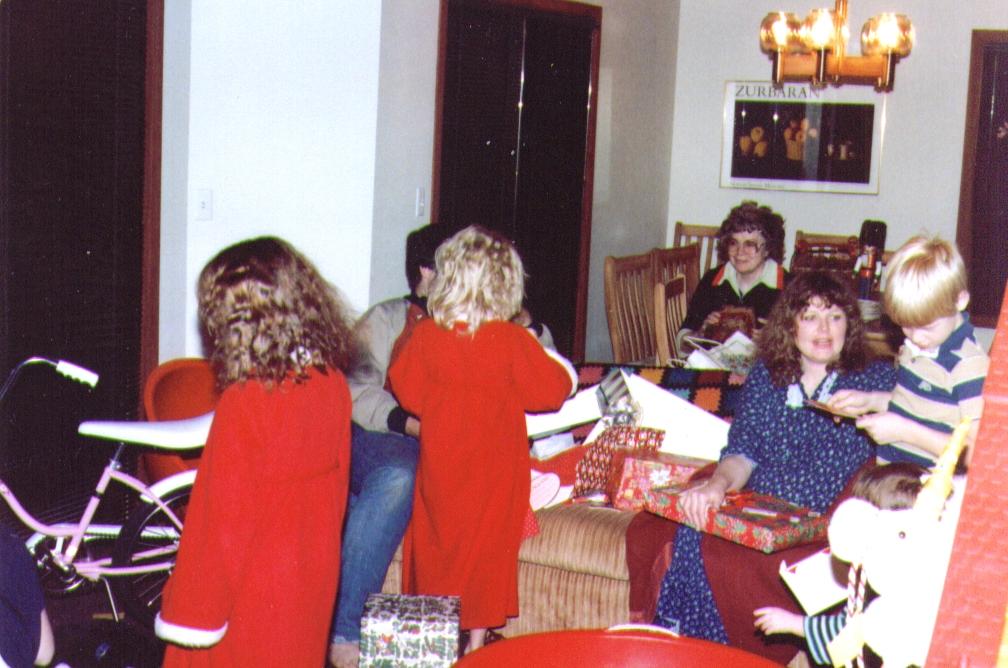 Monica,Mike,Crissy,Bonnie,Michelle,Nate,  12-25-83