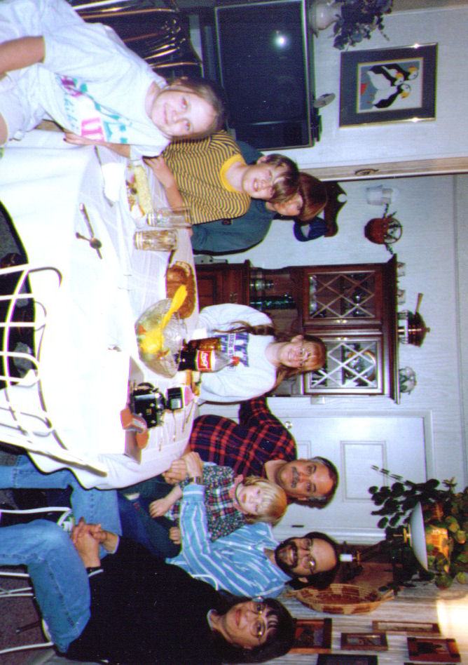 Sophie,Mikey,Michelle,Crissy,Mike,Alina,Dave,Connie, 1995